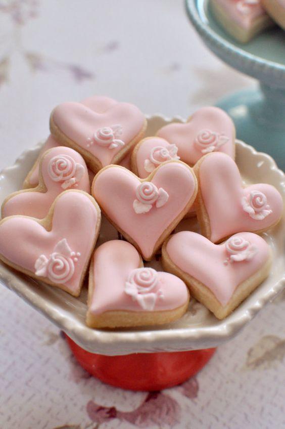 """печенье-валентинка с глазурью в стиле """"шебби-шик"""""""