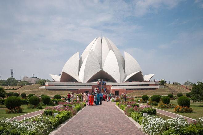 Один из популярных храмов (дом поклонения)