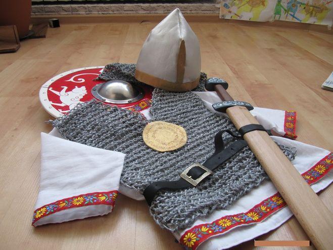 Дидактические игры Утеплить Как сделать шлем рыцаря