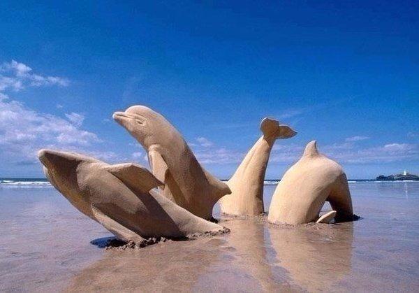 как делать скульптуры из песка. что слепить из песка на пляже