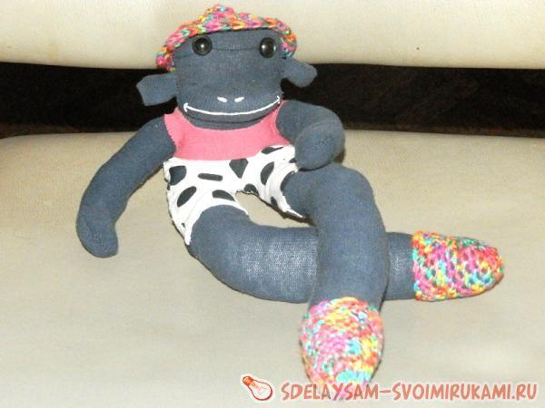 Игрушка обезьянка из колготок