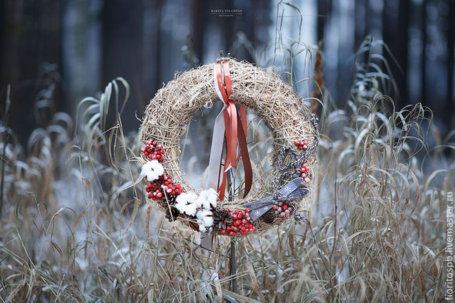 Новогодний венок из сена своими руками