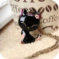 Черный кот для козерогов