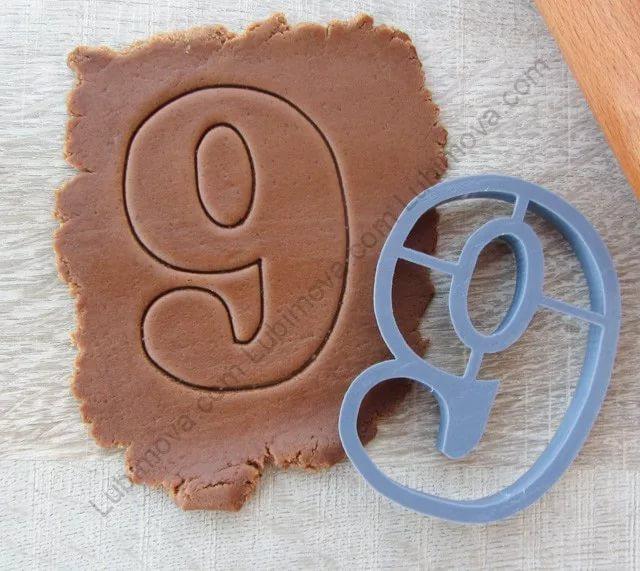 Как сделать и испечь торт в виде цифры