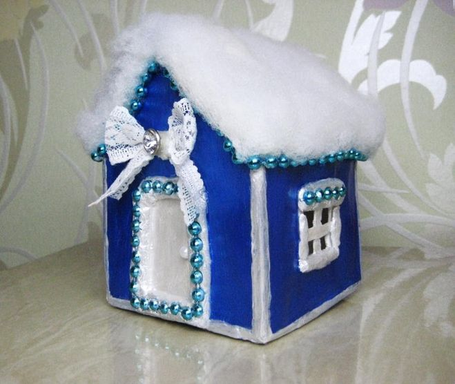 Как сделан новогодние домики