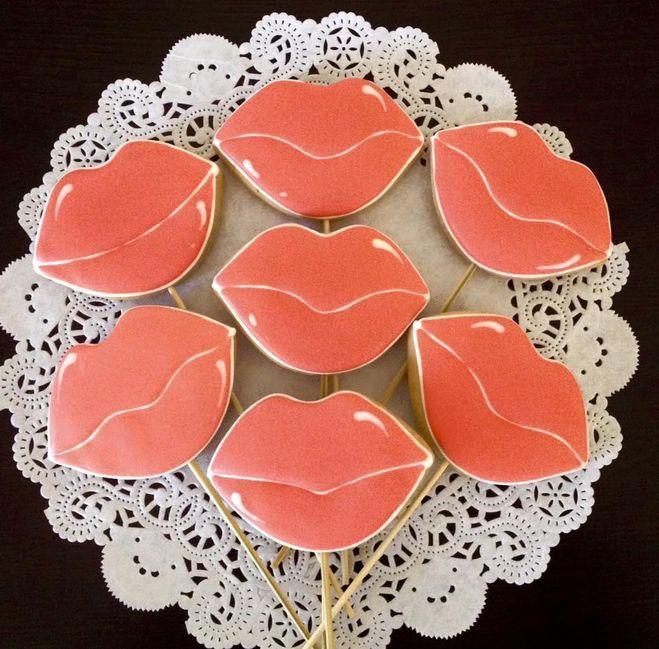 печенье на 14 февраля своими руками, печенье на день влюбленных