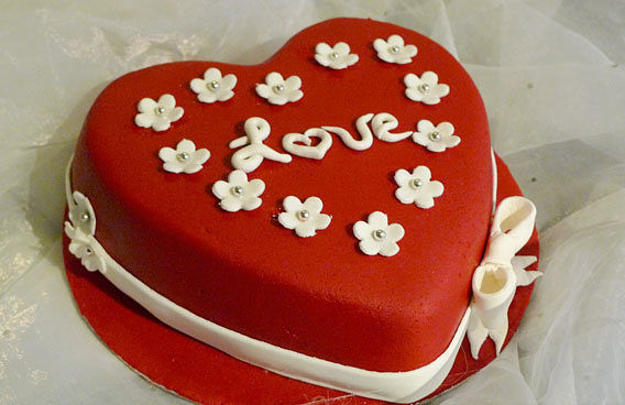 Мастика для торта красная простая гидроизоляция цоколя своими руками