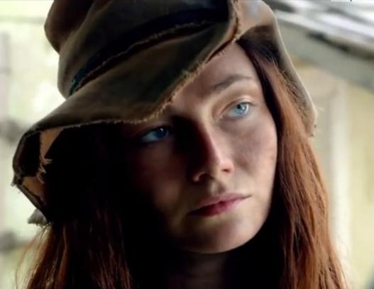 Энн Бонни меняет шляпу
