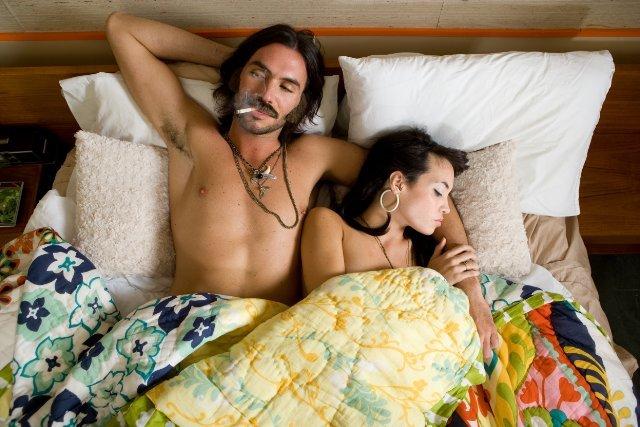 porno-video-glubokiy-slyunyaviy-minet