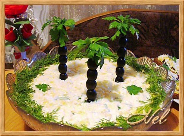 Детский праздничный стол салаты с