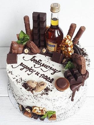 Торт с бутылочкой коньяка для мужа, папы, приятеля, любимого и др.