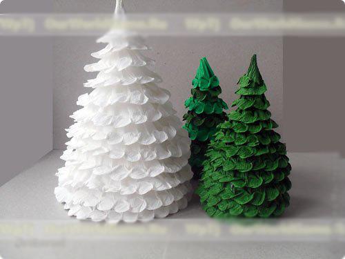 Картинки по запросу новогодние украшения из гофрированной бумаги