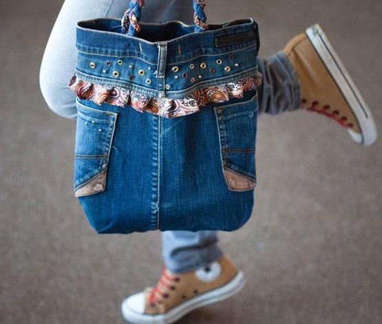 Как сшить сумку из кусочков джинсовой ткани