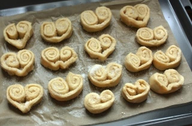 Печенье ушки слоеные рецепт