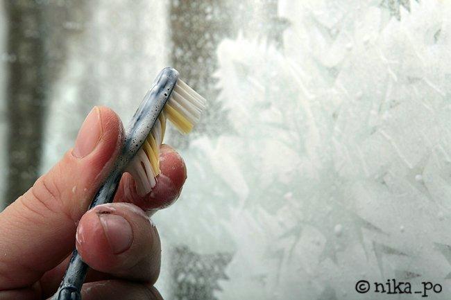 Как сделать узоры на окне своими руками