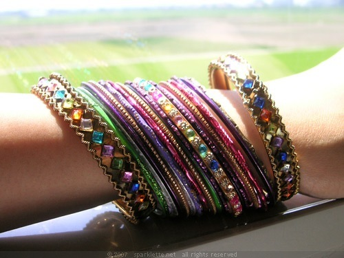 Как сделать индийские браслеты своими руками
