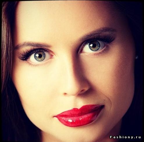 Юлия михалкова губы свои или нет
