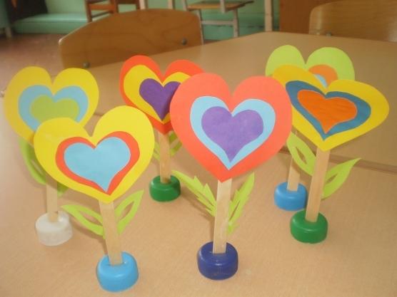 Поделки к день матери в детском саду