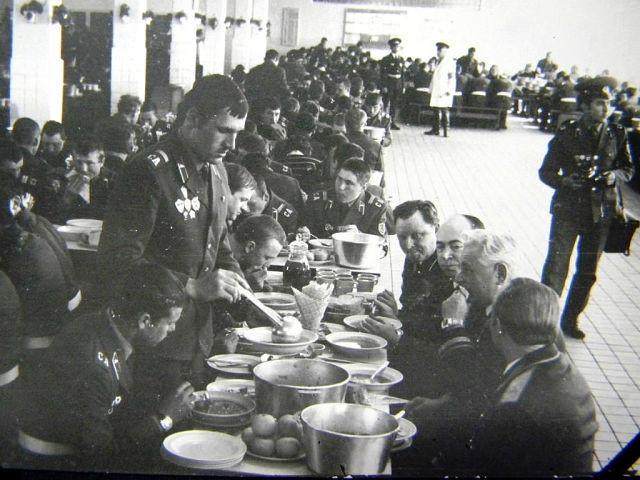 чем кормили советских солдат, рацион советского солдата, питание в советской армии