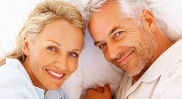 Интим взрослых пар смотреть