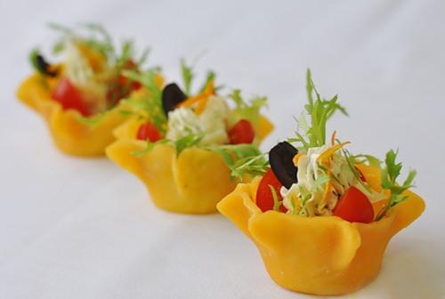 рецепты салатов из овощей для сырной корзинки с фото
