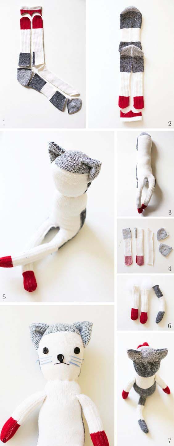 Как сделать животных из носков