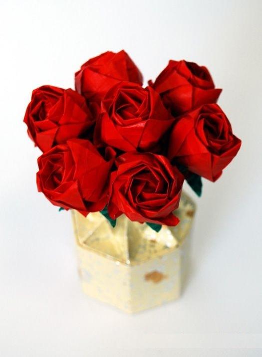 букет роз-оригами
