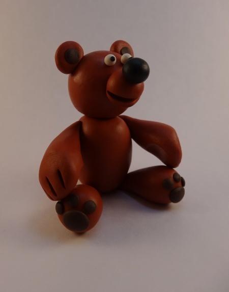 Фото поделка из пластилина робот медведь и заяц 28
