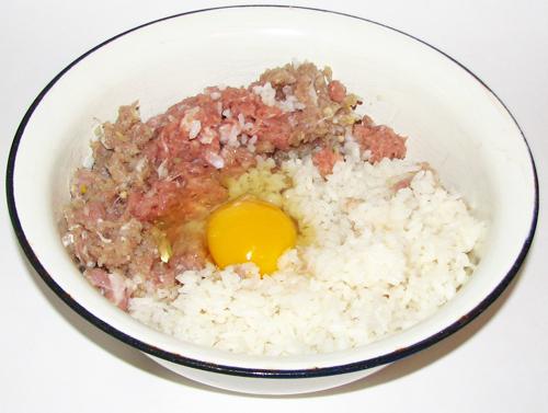что можно приготовить из фарша с рисом кроме голубцов и тефтелей