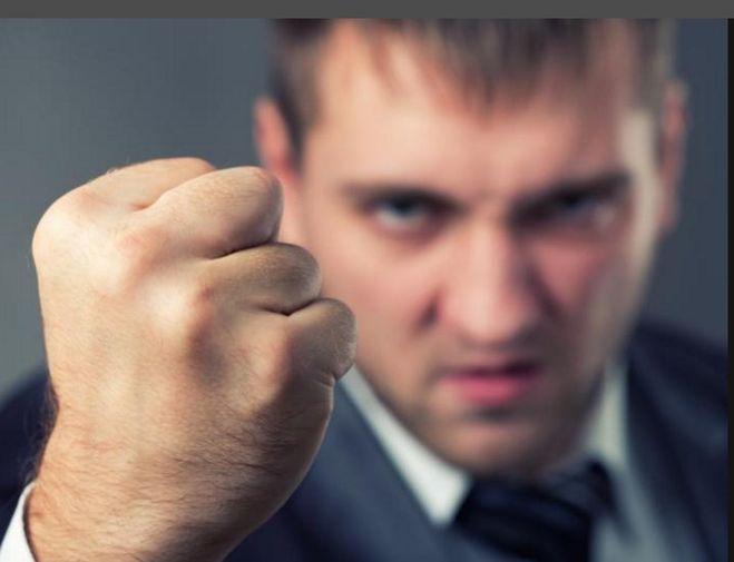 что делать если угрожает знакомый